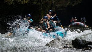 Imagen de 'World's Toughest Race: Eco-Challenge Fiji', en Amazon.