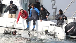 Phelps neda contra un tauró blanc