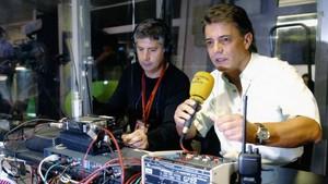 Joaquim Maria Puyal, durante la retransmisión de un partido del Barça en Catalunya Ràdio.