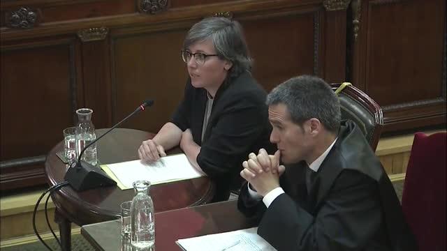 Mireia Boya ha declarado hoy que tanto como ella como su compañera de formación Eulàlia Reguant discutieron la tarde del 20S con Jordi Sànchez porque éste quería desconvocar la concentración delante de la Consellería de Economía.