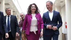 La ministra de Hacienda, María Jesús Montero, ha explicado que revisará la regla de gasto.