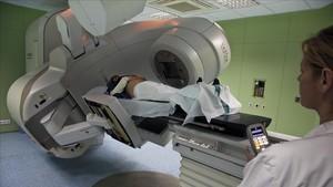 Una máquina de radioterapia en el Institut Català d Oncologia de LHospitalet de Llobregat.