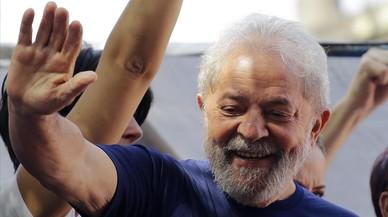 Lula decide entregarse y llama a la resistencia pacífica