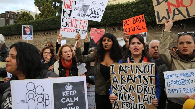 Manifestación Stop Trump en Barcelona