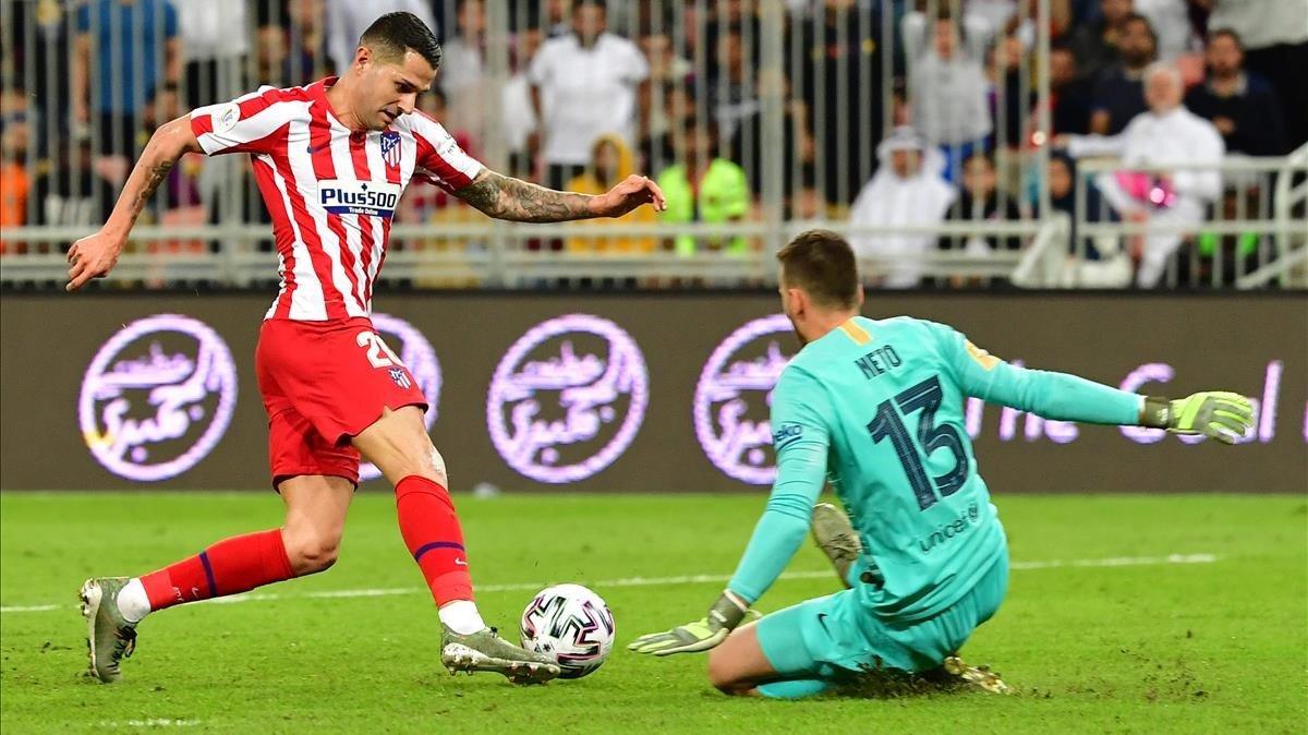 Una imagen del Atlético-Barça disputado en el Rey Abdullah.