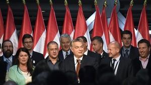 Orbán fracassa al no aconseguir el suport suficient en el referèndum contra els refugiats d'Hongria
