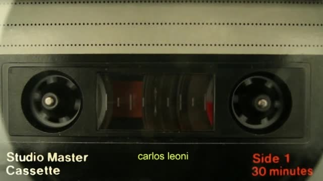 La poesía de Leoni en la voz de Leoni.