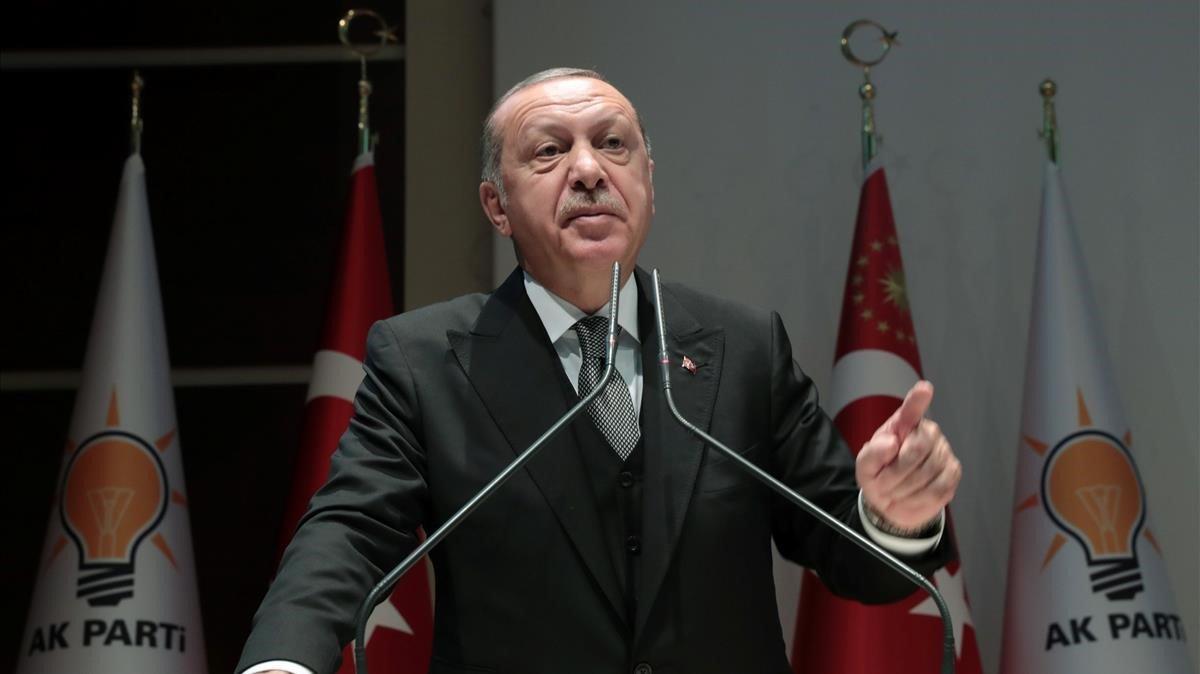 Revés para Erdogan: pierde elecciones municipales en Estambul