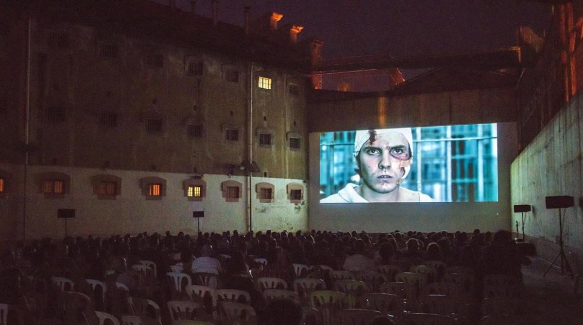 Proyección de la película Salvador (Puig Antich), de Manuel Huerga,en el centro penitenciario.