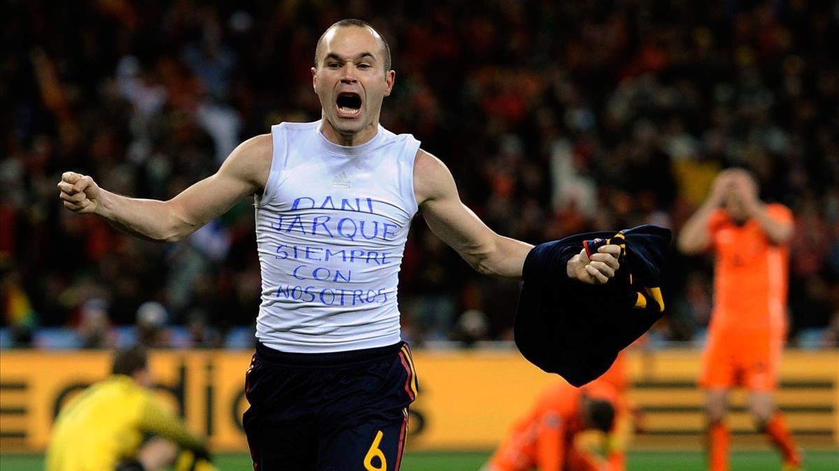 Recuerdo para Dani Jarque en la celebración del gol de Iniesta en la Copa del Mundo en 2010.