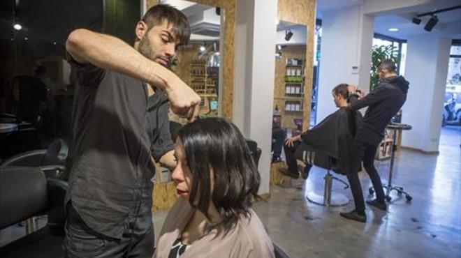 Un cambio fiscal pone patas arriba cientos de pequeños negocios