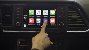 Panel del Samart City Car, de Seat, con algunas de sus aplicaciones de conectividad.