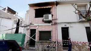 Mor un matrimoni en un virulent incendi a Alacant