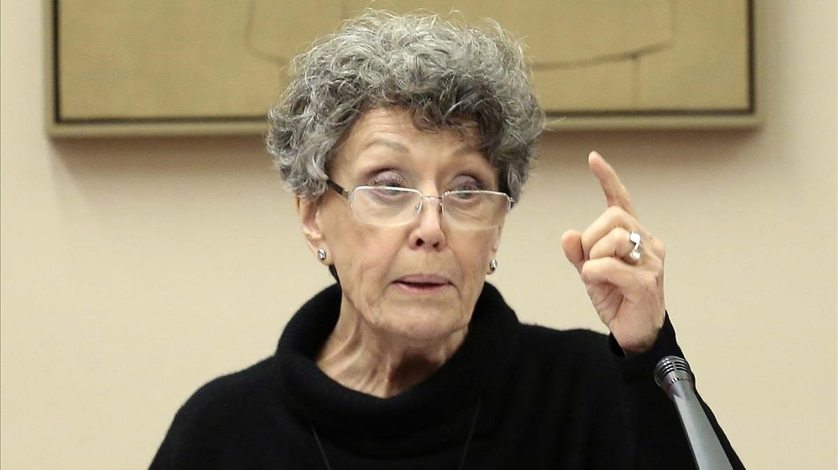 Rosa María Mateo, administradora única de la corporación RTVE, en el Congreso.