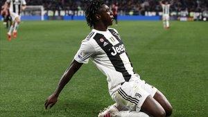Moise Kean celebra un gol marcado al Milan, el 6 de abril del 2019.