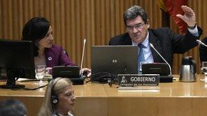 El ministro de Inclusión, Seguridad Social y Migraciones, José Luis Escrivá, en la Comisión de Trabajo.