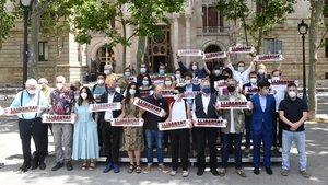 Partidos y entidades soberanistas piden la libertad de los presos a las puertas del TSJC.