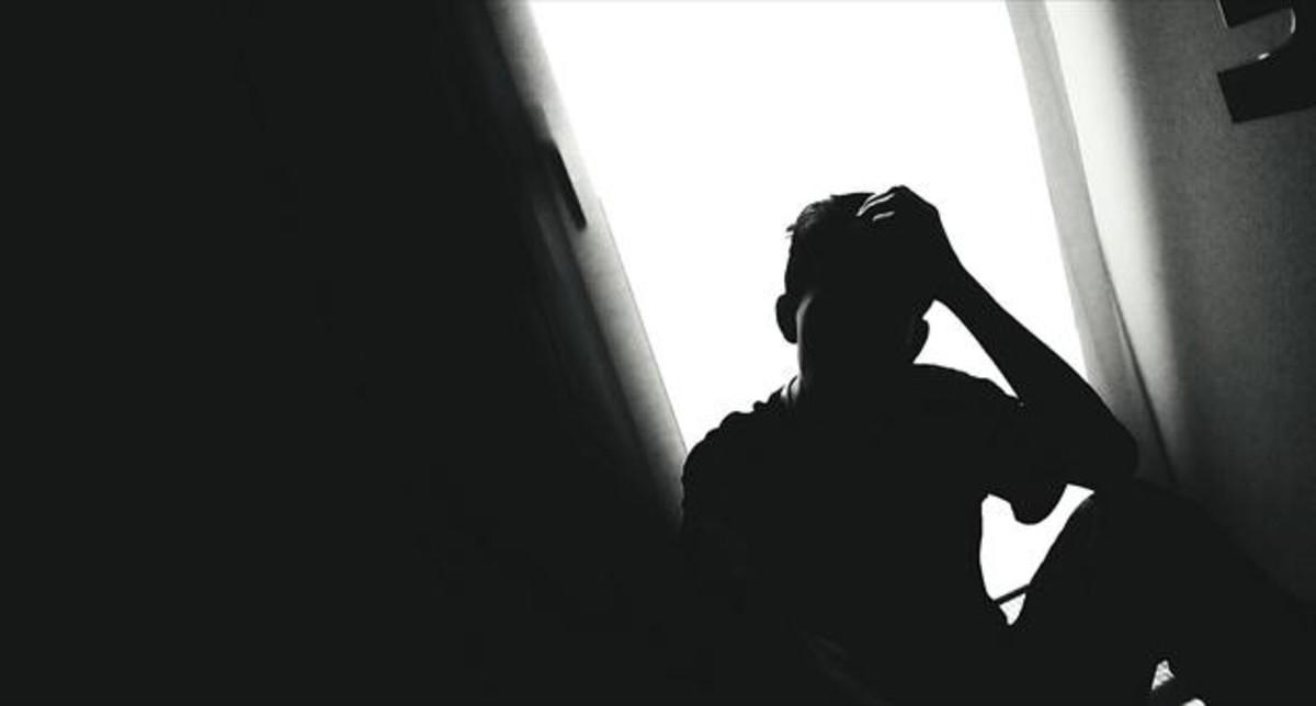 Retiran cuatro contenidos de internet que incitaban al suicidio