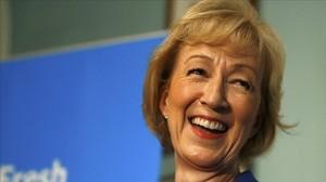 Andrea Leadsom en la rueda de prensa en la que anuncia su candidatura a liderar a los 'tories'.