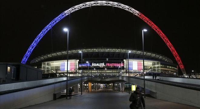 Los atentados de París marcan los partidos de selecciones de fútbol