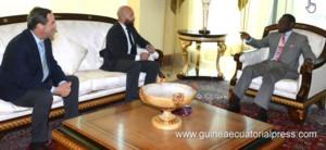 El Govern utilitza la bona relació entre Bono i Obiang per buscar negoci a Guinea Equatorial