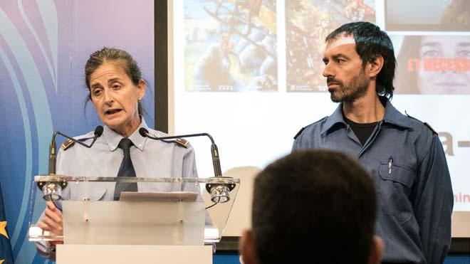 La subinspectorade Bombers Mercè López,en la presentación de la campaña para reclutarbomberas que incluye este vídeo.