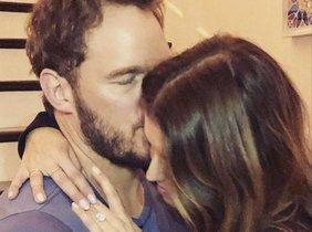Chris Pratt y Katherine Schwarzenegger anuncian su compromiso en Instagram.