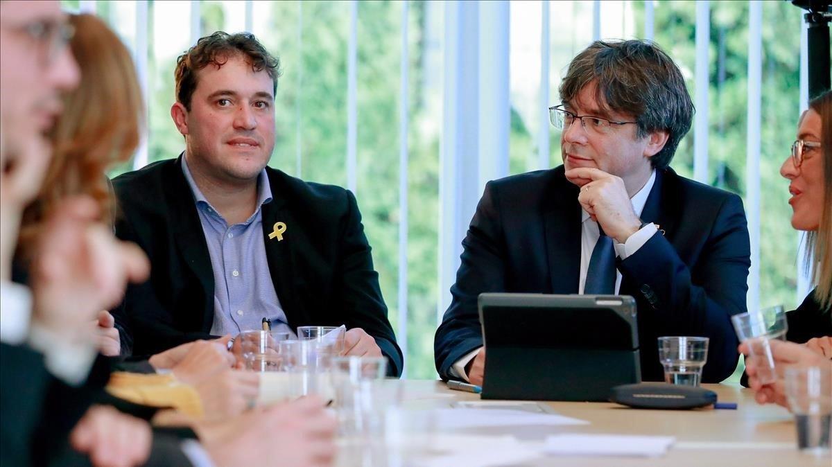 Puigdemont i el PDECat busquen un pacte d'última hora que eviti la ruptura