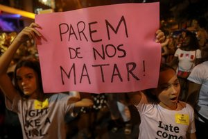Las postales que dejó la multitudinaria marcha por el Día de la Mujer en Brasil