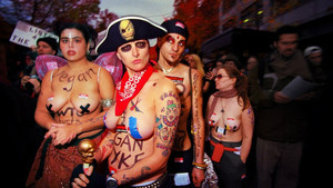 Un fotograma del documental 'Queercore. How to punk a revolution'