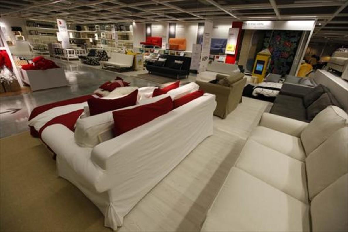 Interior de un centro de Ikea.