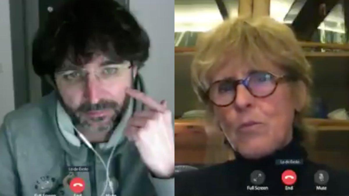 Jordi Évole hablando con Mercedes Milá en el nuevo especial de 'Lo de Évole'.