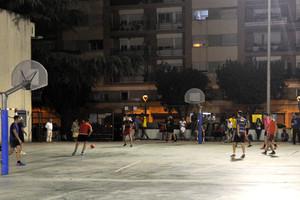 Los torneos se han disputado cada dos viernes en el patio de la Escuela Montessori de Rubí