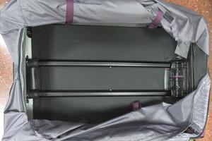 Detinguda una dona al Prat amb 8 quilos d'heroïna a la maleta