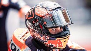 Marc Márquez sale, esta mañana, con su Honda del boxe de Sepang para dar sus primeras vueltas.