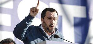 Matteo Salvini, ministro del Interior, habla durante un acto político en la piazza del Popolo, en Roma, el pasado 8 de diciembre.