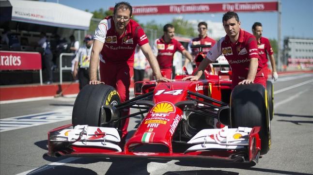 El monoplaza de Fernando Alonso, en la parrilla de salida en Montreal.
