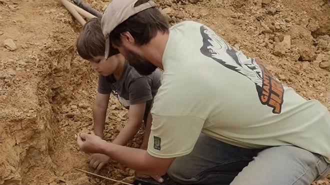 Un nen de cinc anys de Dallas descobreix un dinosaure