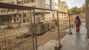 Obras en una calle de Barcelona.