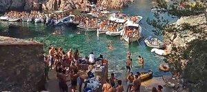 La policia frustra una 'festa de barcos' a Palafrugell