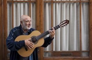Peret, en la presentación de su disco 'De los cobardes nunca se ha escrito nada', en el 2009.