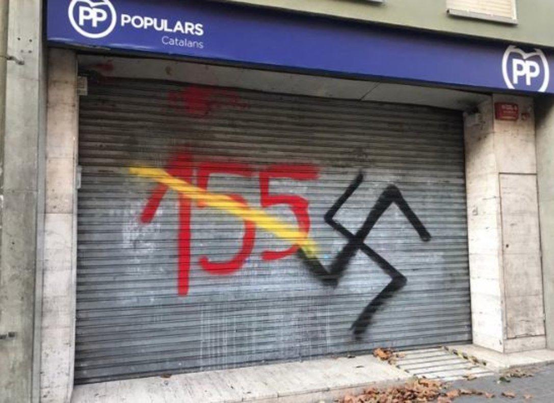 Pintadas en las sedes del PSC, PP Cs y en el comercio familiar de Rivera tras la sentencia