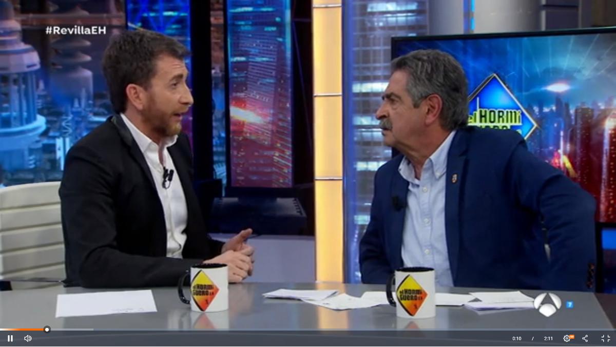 Pablo Motos y Miguel Ángel Revilla, en 'El hormiguero' de Antena 3, el pasado martes.