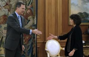 El Rey recibe a la diputada de En Marea Alexandra Fernández en el palacio de la Zarzuela, este viernes.