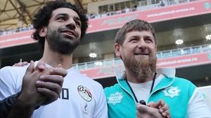 Mohamed Salah y Ramzan Kadyrov.