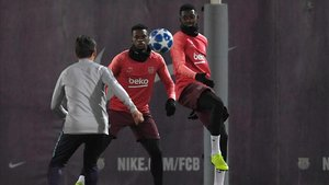 Semedo y Dembélé, en el entrenamiento previo al duelo con el Tottenham.