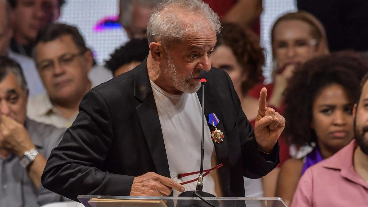 Un tribunal de Brasil amplía a 17 años la condena contra Lula.