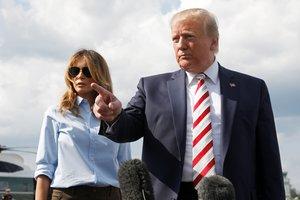 El presidente de los Estados Unidos, Donald Trump junto a su esposa.