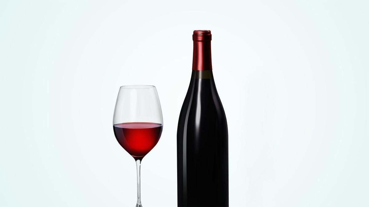 ¿Por qué no aparecen los grados de los vinos en las cartas?