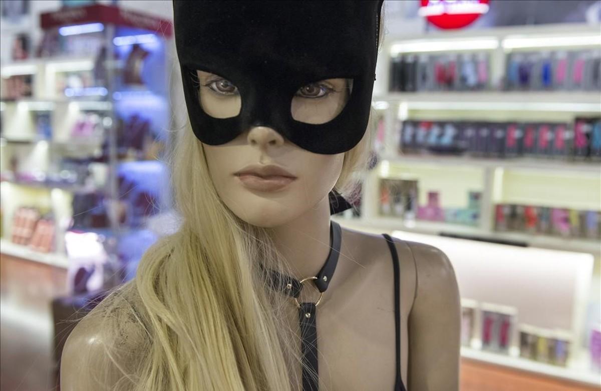 Sex shops: aquí és on juguen els grans